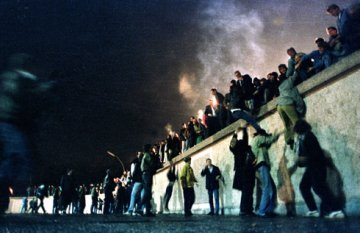 In '89, Berlin and Eastern Europe's fences were torn down. Can we now enchant Europe to a more closer union?