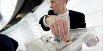 The 2014 European elections: true hope of democracy or fear in the face of nationalists?