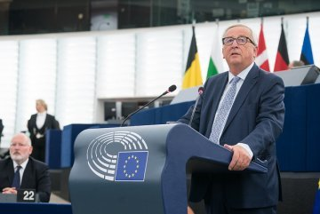 "Interview with Jean-Claude Juncker : ""For me, Europe is the love of my life"""
