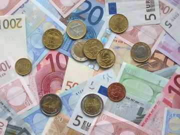 20th anniversary of the euro : assessing Europe's single currency