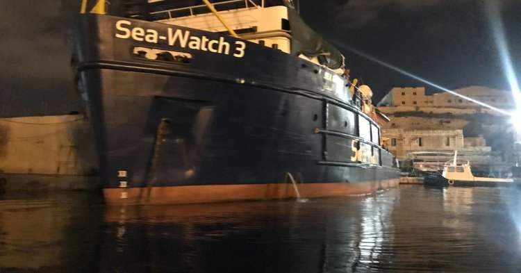 Red card to the Italian government for the arrest of Carola Rackete, captain of rescue boat Sea-Watch 3