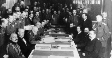 The 100 Year Peace Treaty of Brest-Litowsk : An Overview